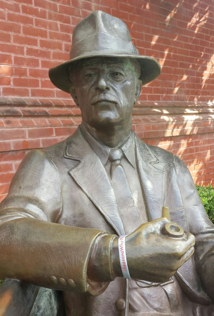 William Faulkner statue in Oxford, #Mississippi