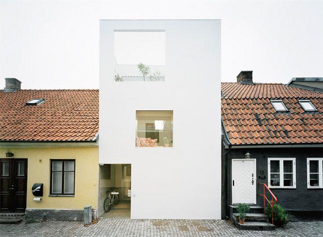Dit moderne huis is een vreemde eend in de bijt Roomed | roomed.nl