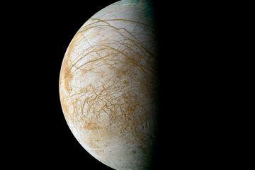 Ocean on Jupiter's Moon Europa Likely Deep Underground   LiveScience