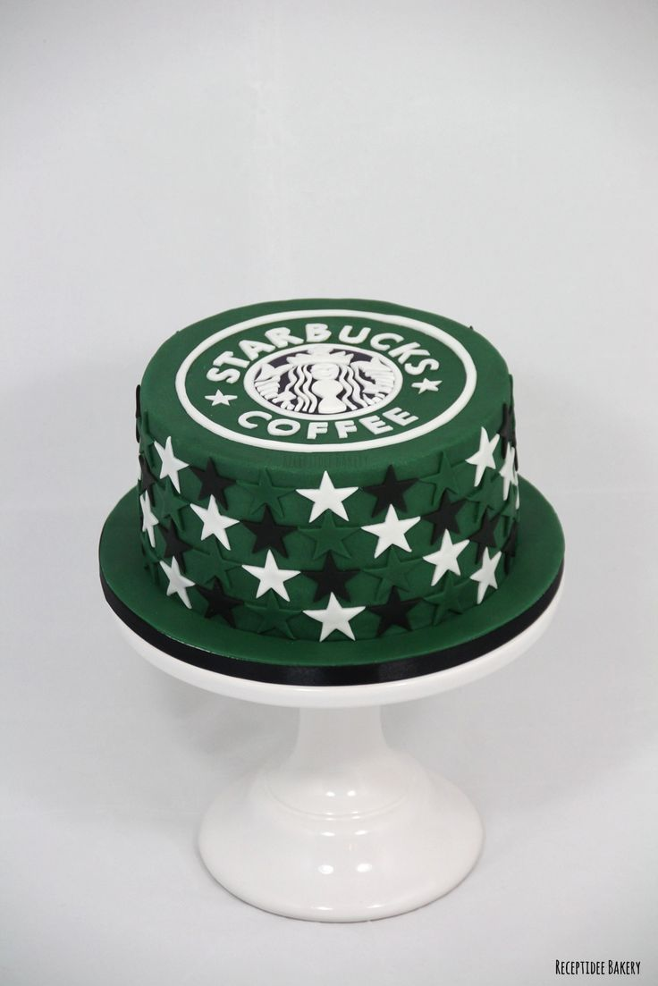 ☕ Starbucks cake ☕ http://bakery.receptidee.nl    #starbucks #coffee #cake #cakedecoration #handmade #noprint #stars #fondant #redvelvet #creamcheese #taart #handgemaakt #starbuckscoffee #starbuckscake