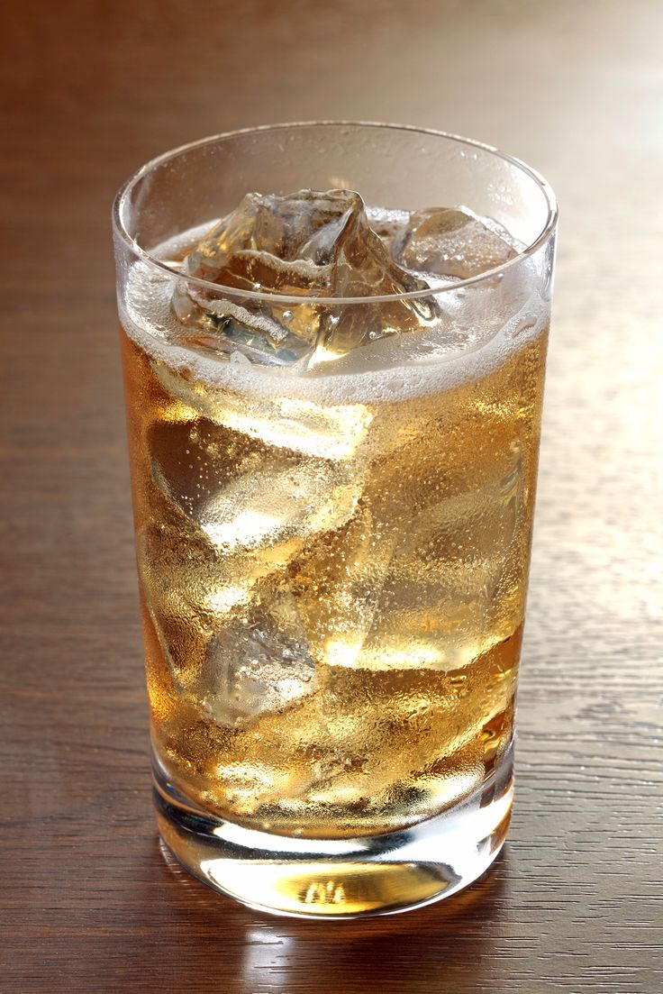 Choose bourbon or Canadian Whiskey and mix up this simple and slightly sweet whiskey soda Stone Wall.