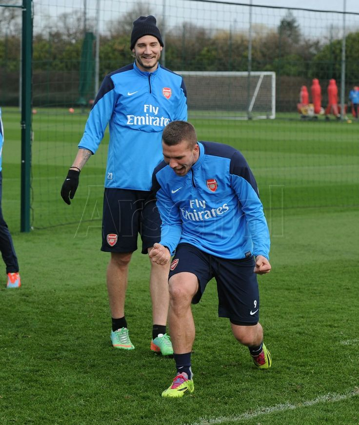 Podolski & Bendtner in Training Before FA Cup Match vs Everton 2013-2014.