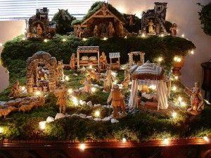 Fontanini nativity scene pinned by @Patti B Donahue .