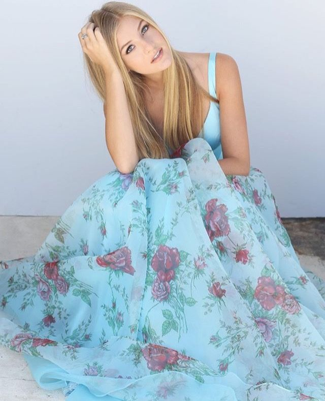damn guurl (paige modeling for Sherri Hill)