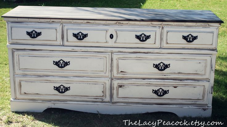 white distressed furniture 2