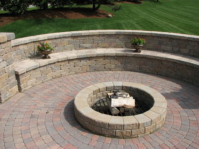 Paver Patio Wall Bench Outdoor Pinterest Patio Wall