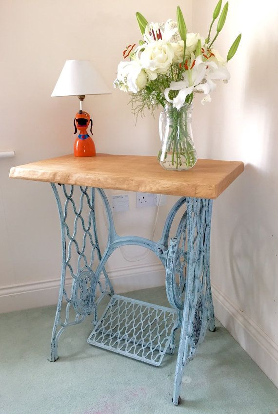 Vintage Antique Singer Sewing Machine base table with solid oak top with natural edges. Beautiful Singer table which has become a very