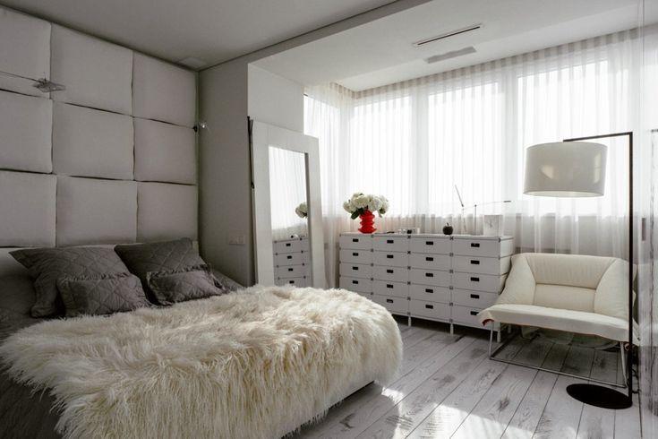 Белоснежная московская квартира со шкурой волка и полотенцесушителем в форме доски для сёрфинга - Дизайн интерьеров | Идеи вашего дома | Lodgers