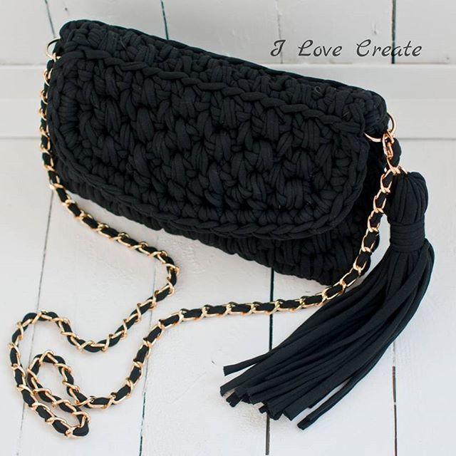 Классический черный клатч Размер 27*18 см Состав: хлопок 100%, подкладка креп-сатин Цена 700 грн без подкладки, 800 грн с подкладкой Для заказа Viber/direct, 📲099 28 58 726 #handmade #crocheting #crochetbags #bags #trend2017 #cloutch #i_love_create #madeinukraine #вяжуназаказ #сумкикрючком #сумкиручнойработы #дизайнерскиесумки #сумкивналичии #сумкиназаказ #сумканацепочке #модныесумки #клатч #модныйклатч #куплюсумку #кроссбоди #мода #заказатьсумку #украина #киев #подаркидевушкам…