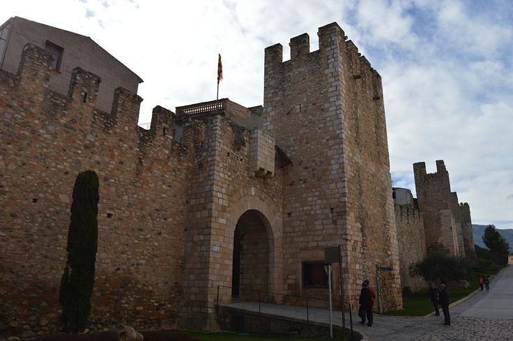 By Francesc Martínez Recio By Eduard Baldrís Inglès Xicumill #montblancmedieval #Tarragona #Montblanc #Catalunya #Cataluña #Catalonia #Catalogne #turisme #tourisme #turismo #tourism #trip #travel #viatjar #viatge #viajar #viaje #muralla #Muraille #Citywall  #cultura #patrimoni #heritage #medieval