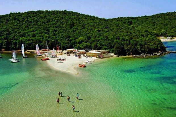 16 Alluring Places That Everyone Should Visit! Amazing beach in #Sivota, #Epirus in #Greece