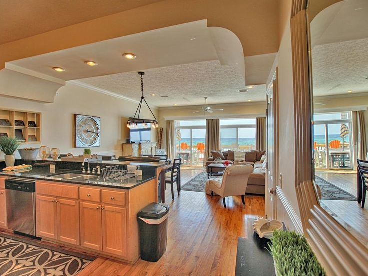Gulf Front Luxury Townhome - Sleeps 12 - Panama City Beach - Paradise!. Southern Exposure Townhome B in Panama City Beach, Fl is a luxurious and all around...