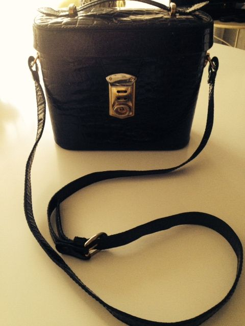 Love for black leather bags!