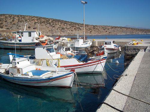 The little fishing port of Iraklia