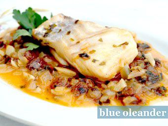 Cod fish with raisins