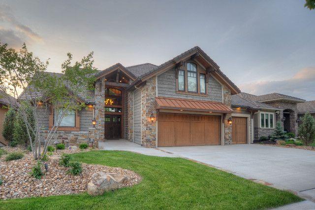 4 Reasons To Hire Custom Home Builders