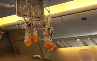 Σκέψεις: Μύθοι και αλήθειες για τα αεροπορικά ταξίδια