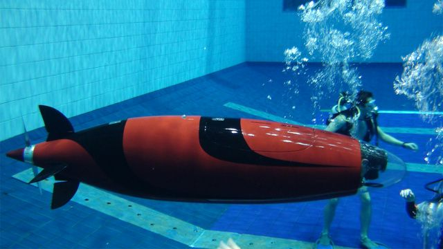 Omer 8, a human-powered submarine recently built by students of the École de technologie supérieure (School of Higher Technology) in Montrea...