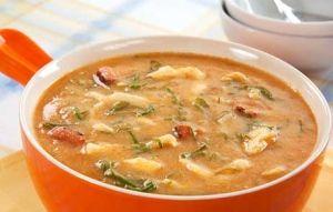 Caldeirada de Frango com Fubá é rápido, muito nutritivo e esquenta por dentro - Gastronomia - Hoje em dia