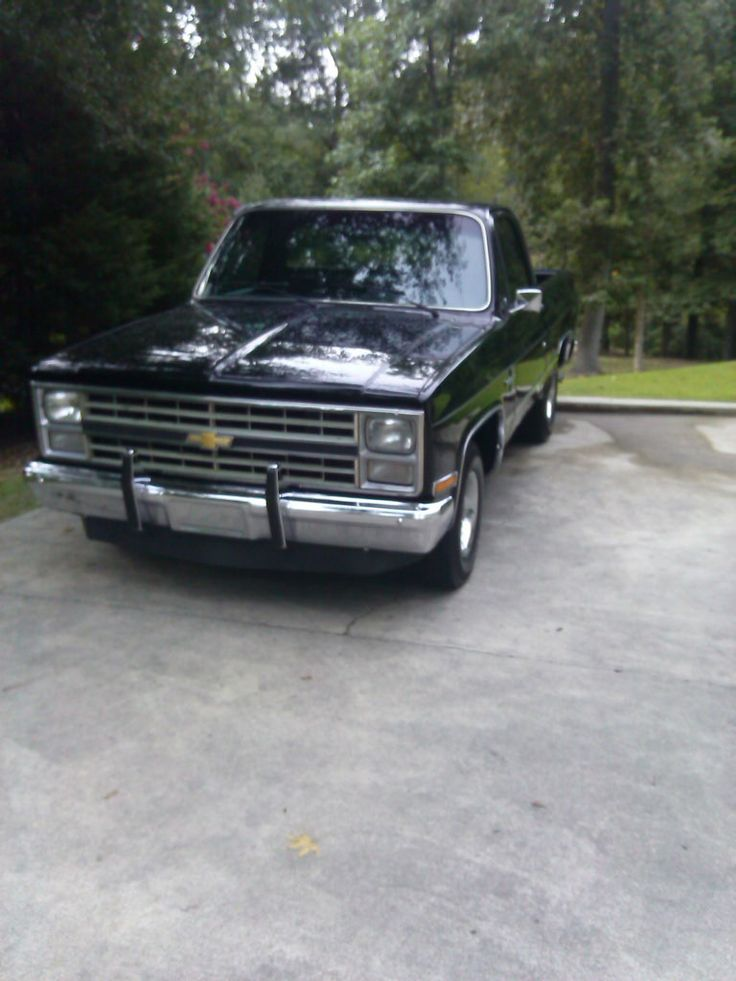 1984 Chevy Truck - LMC Trucklife