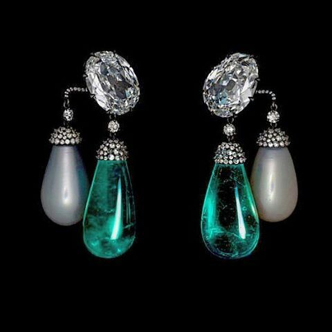 JAR earrings with natural pearls, Colombian emerald drops and diamonds