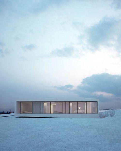 Modern Home Located In Montonate Italy: Cozy Winter Home. #modernzinc #freshsheets