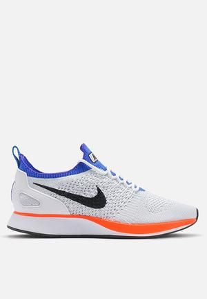 Nike Air Zoom Mariah Flyknit Sneakers White / Hyper Crimson