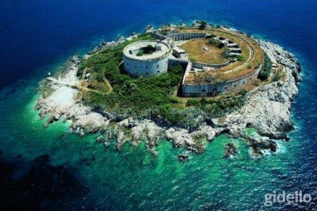 Montenegro Turu: Adriyatik'in incisi, tarihi ve doğal güzellikleriyle ünlü Montenegro'da bir tatile hazır mısınız? 6 gün sürecek tatilimiz için sizleri bekliyoruz.