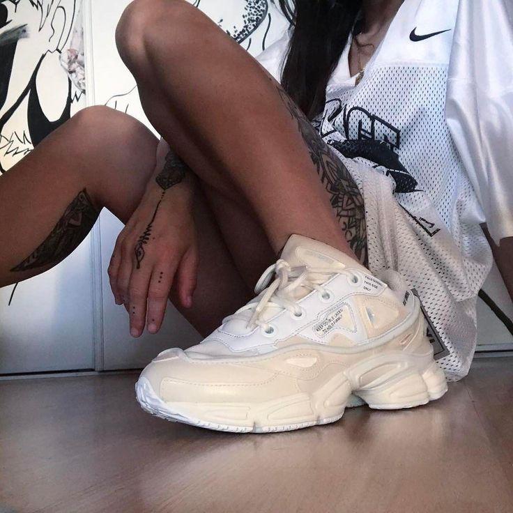 Sneakers women - Adidas x Raf Simons (©toutcontretoi)