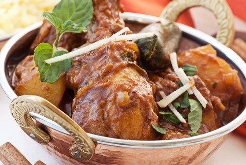 Куриные кусочки с имбирем и соевым соусом