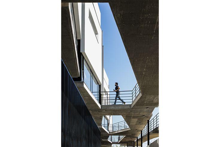 http://www.spbr.arq.br/portfolio-items/edificio-de-apartamentos-em-silves/
