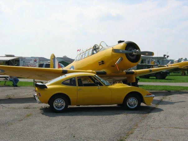 Yale Trainer and Opel GT