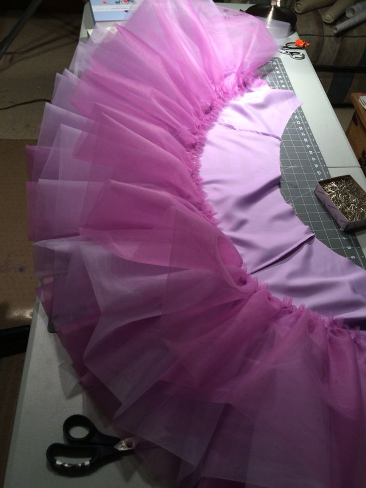 Underskirt for the prom dress..lots of tulle!!