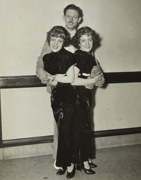 Sideshow darlings and siamese twins Daisy and Violet Hilton with Violet's fiance, Maurice Lambert.