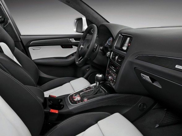 2013 Audi SQ5 TDI , Turbo V6 Diesel Engine with an Output of 313 HP