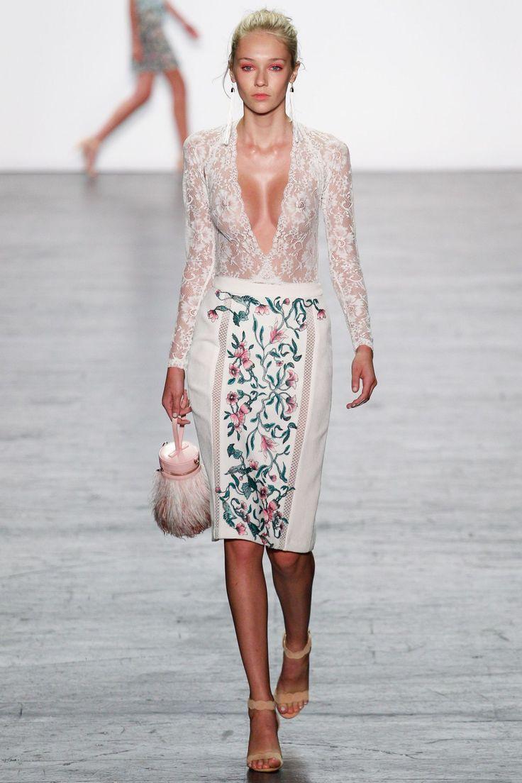 Tadashi Shoji Spring/Summer 2017 Ready-To-Wear Collection   British Vogue