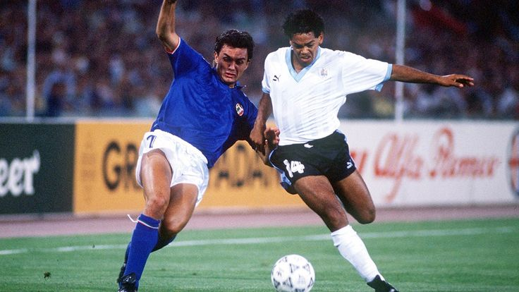 1/8: Italy - Uruguay 2:0
