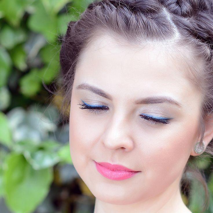 Модная в этом сезоне голубая подводка в сочетании с глянцевой розовой помадой – от GA-DE  #makeup#GADE#выпускной#beauty#aztagram#baku#look#образ#iLoveSabina#Sabina#самаякрасивая#люблюсебякрасивую#color