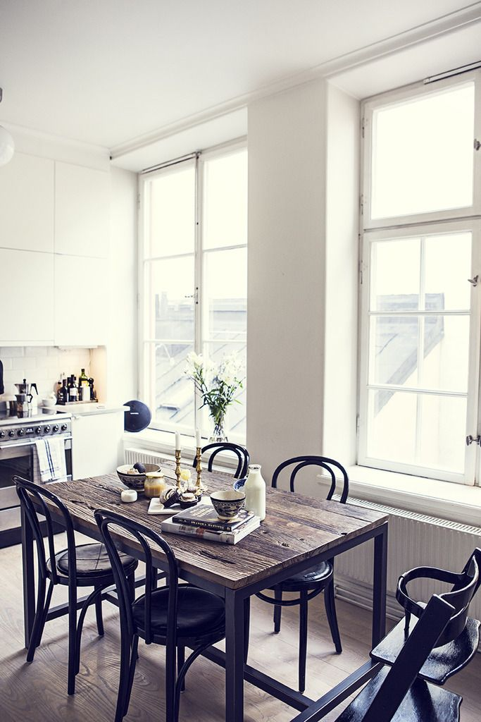 Style and Create — Nice deco in the Stockholm home of blogger Julia...