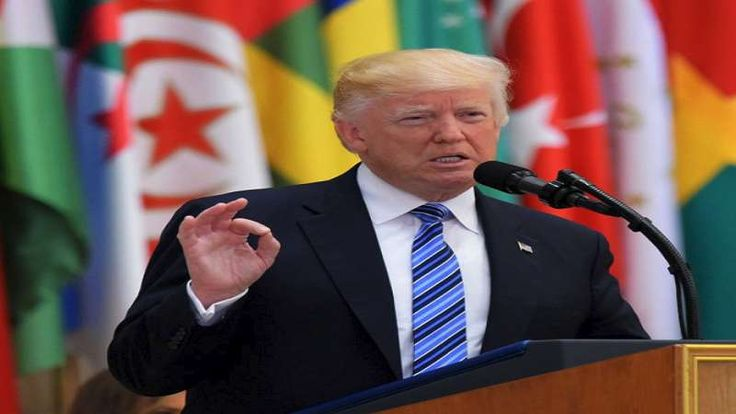 Trump: Iran Bantu Rezim Asad dengan Kejahatan yang tak Dapat Diucapkan dengan Kata-kata  Donald Trump  RIYADH (SALAM-ONLINE): Presiden AS Donald Trump menyalahkan Iran karena mendukung dan membantu rezim Basyar Asad di Suriah dengan kejahatan yang tidak dapat diucapkan dengan kata-kata.  Trump dalam pidatonya pada Ahad (21/5) sebelum KTT Arab-Islam-AS di Ibu kota Saudi Arabia Riyadh menyebutkan aliansi Asad dengan Rusia melancarkan serangan udara di Suriah tanpa pandang bulu yang sebagian…