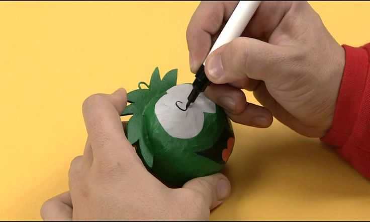 Art Attack - Make Your Own Puffle