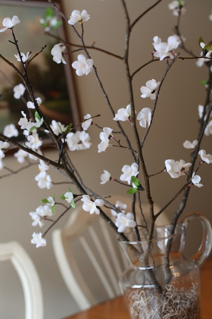 Cheap Spring Decorations: Branches + Dollarama Flowers! Cute, Cheap Spring
