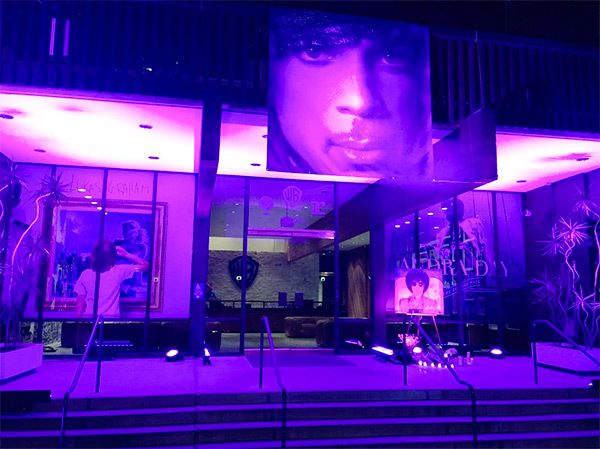 Warner Bros. studios pay tribute to Prince 4.21.16
