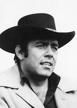 Pernell Roberts (* 18. Mai 1928 in Waycross, Pierce County/Ware County, Georgia; † 24. Januar 2010 in Malibu, Kalifornien)