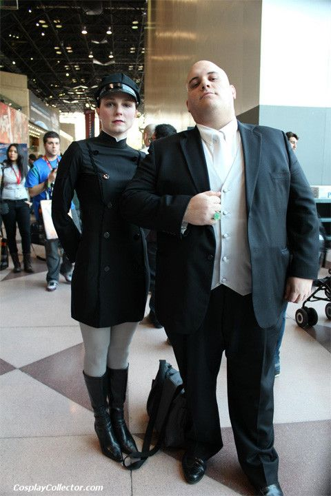 Mercy Graves and Lex Luthor - New York Comic Con 2011 No one dares to approach Lex Luthor when his bodyguard is present.