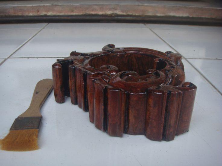 Asbak kayu Ukir #01 Tampak dari samping