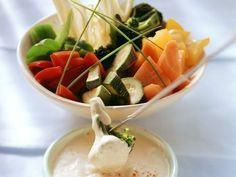 Fondue mit Gemüse ist ein Rezept mit frischen Zutaten aus der Kategorie Ausbackteig. Probieren Sie dieses und weitere Rezepte von EAT SMARTER!