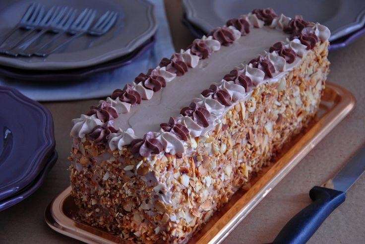 Voilà un gâteau de fête express qui en surprendra plus d'un et qui fera retourner certain en enfance.