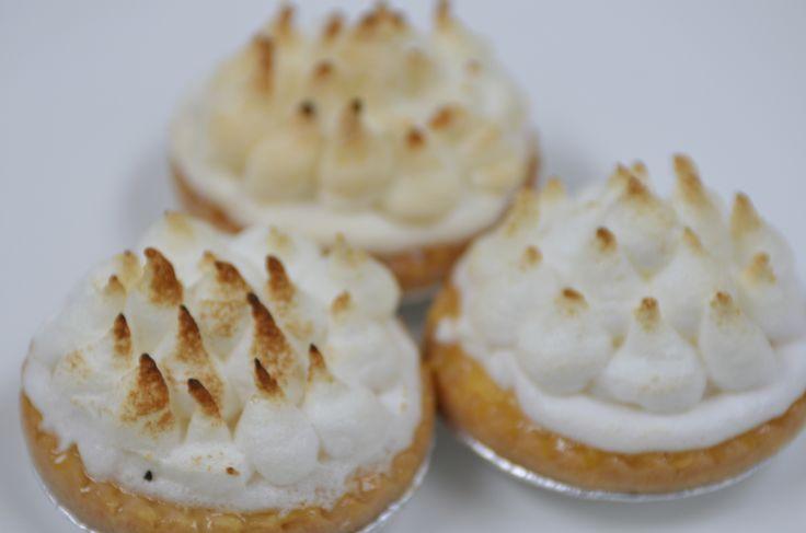 Lemon Meringue. A classic #cakes #lemonmeringuepie #desserts