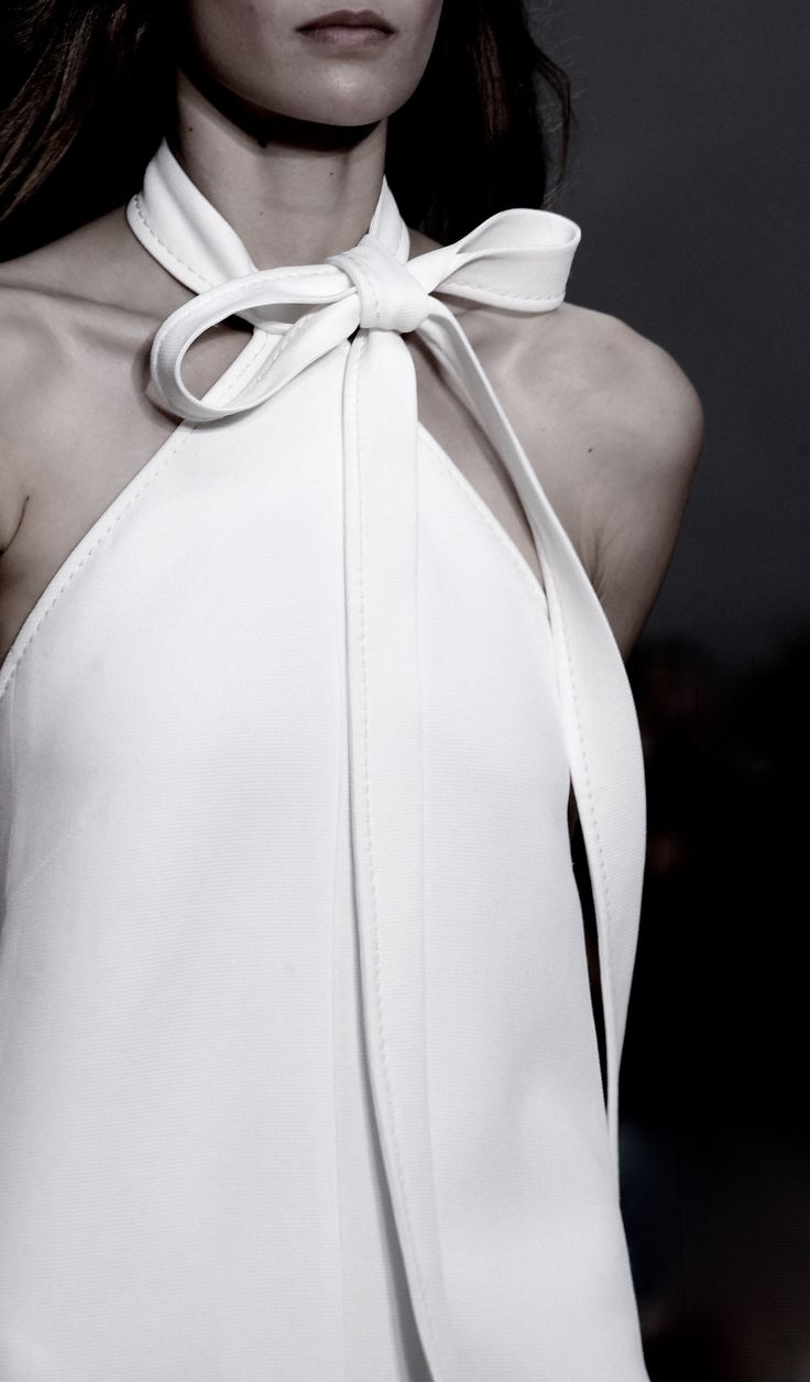 Bow detailing on neckline #getthelook